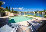 Location vacances Redland Bay - Holiday Home Luxe @ Sanctuary Cove-1