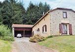 Location vacances  Hautes-Pyrénées - Holiday home Burg Ab-1193-1
