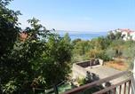 Location vacances Starigrad - Apartments in Starigrad-Paklenica 6841-2