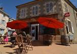Location vacances Moulins-Engilbert - Holiday home Les Grillons-4