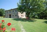Location vacances Bibbiena - Castel Focognano Villa Sleeps 9 Pool Wifi-1