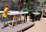 Camping avec Piscine couverte / chauffée Chassiers - Camping De L'Arche-4