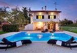Location vacances Poreč - Apartment with private pool and large garden-4