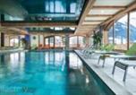 Location vacances Saanen - Residence Cgh & Spa Les Chalets d'Angele