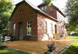Location vacances Gera - Bahnhof Droyßig - Übernachten im Denkmal-1