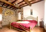 Location vacances  Province de Grosseto - Apartment with 2 bedrooms in Massa Marittima with shared pool and Wifi-2