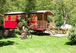 Camping avec Piscine Chazelles-sur-Lyon - Cosycamp-3