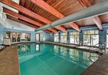 Location vacances Granby - Condo w/ Pool + Hot Tub - Walk to Dt Winter Park!-4