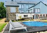 Location vacances Houffalize - Spacious Holiday Home in Cetturu with Pool-1