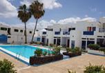 Location vacances Tías - Ground Floor Dolphin House-4