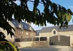 Location vacances Loscouët-sur-Meu - Le domaine du Haut Pin-1