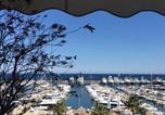 Location vacances Théoule-sur-Mer - Appartement de standing face à la mer avec vue exceptionnelle sur les îles de Lerins-1
