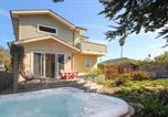 Location vacances Capitola - New Listing! Modern Beach House with Hot Tub home-1