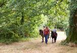 Camping avec Piscine Cholet - Domaine de l'Oiselière-4