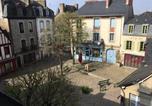 Location vacances Pluneret - Appartement situé dans l'hyper-centre d'Auray-3