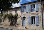 Location vacances  Lot et Garonne - Les Volets Bleus Castelseigneur jusqu'à 9 --1