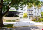 Location vacances Bertioga - Duplex Newport - 70m da praia e próximo ao shopping em Riviera-2
