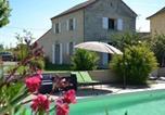 Location vacances Génissac - House Gite 4 personnes Les Rives de Saint Martial..-1
