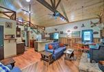 Location vacances Louisville - Waters Edge Retreat with Deck on Patoka Lake!-4