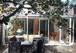 Location vacances  Gironde - Holiday home Avenue du Marechal Foch-1