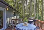 Location vacances Shelton - Anderson Island Home with Yard and Hot Tub by Beaches!-2