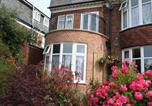 Location vacances Caister-on-Sea - Barons Court-2