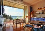 Location vacances  Province de Vibo-Valentia - Whiteflower Apartments-3