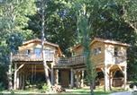 Location vacances Castels - Les Cabanes du Tertre-1