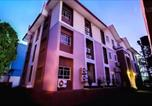 Location vacances  Nigeria - Room in Lodge - Newland Luxury Apartments- 3 Bedroom Presidential Suite for 6-1