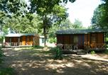 Camping avec Piscine Moncrabeau - Camping Le Pin-3