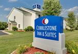 Location vacances Appleton - Cobblestone Inn & Suites - Clintonville-1