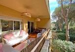 Location vacances  Province de Gérone - Spacious Apartment Pals Beach And Golf-1