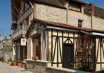 Hôtel Dammarie-les-Lys - Besharat Gallery & Museum-1