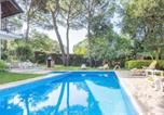 Location vacances Vidreres - Sils Villa Sleeps 7-4