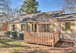 Location vacances Snellville - Updated Cottage Outside of Atl with Fire Pit!-2