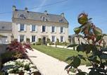 Hôtel Quinéville - Les Mariesis-1