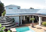 Location vacances Blouberg - Dolphin Inn Guesthouse - Blouberg-1