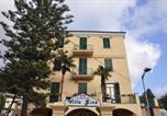 Hôtel Finale Ligure - Villa Gina