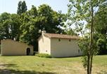 Location vacances  Vienne - Comfortabel Holiday Home with Private Garden in Thure-3