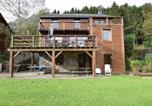 Location vacances La Roche-en-Ardenne - Duplex Chalet in Rendeux with parking and garden with forets views-2