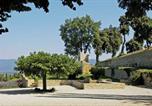 Location vacances Grambois - Villa in La Tour d'Aigues-2