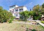 Location vacances Banjol - Apartment Ivica-2