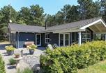 Location vacances Rødby - Four-Bedroom Holiday home in Rødby 2-1