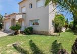 Location vacances  Province de Gérone - Magnificent Villa in Sant Pere Pescador with Private Pool-3