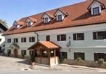 Hôtel Stahovica - Bed & Breakfast Pr'Sknet-1