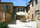 Location vacances Asciano - Lovely Farmhouse in Asciano with Swimming Pool-1