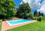 Location vacances  Province de Prato - Casa La Ruota-1