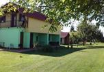 Camping La boucle du Danube - Chatky a apartmány Pod starým orechom - camp-1