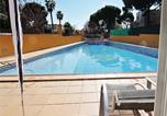 Location vacances Premià de Dalt - Four-Bedroom Holiday Home in El Masnou-4