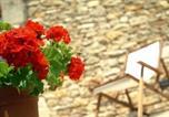 Location vacances Serra de Daró - Villa in Fontclara Sleeps 4 includes Swimming pool and Air Con 9-4